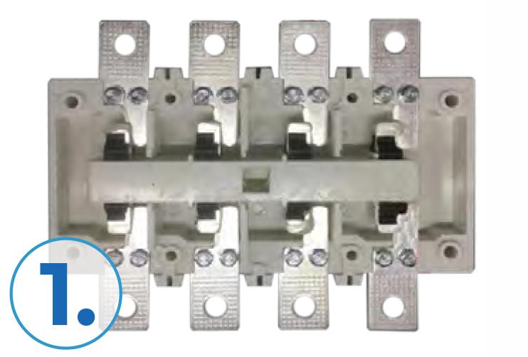 Контакты выполнены из меди с промышленным серебряным покрытием, что обеспечивает хорошую электропроводимость